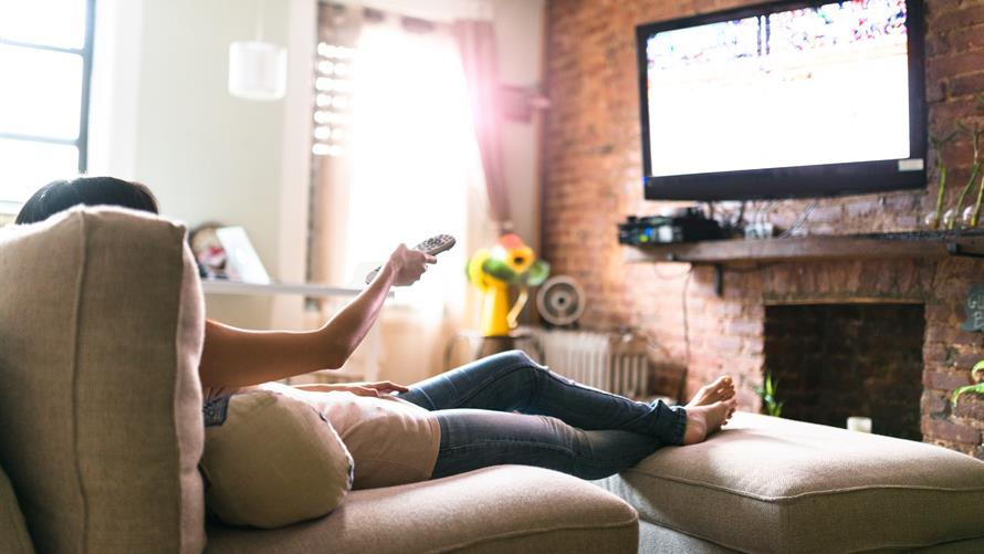 Luyện tiếng Anh qua phim là một hình thức học rất thư giãn mà hiệu quả