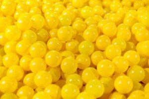 màu vàng trong tiếng anh