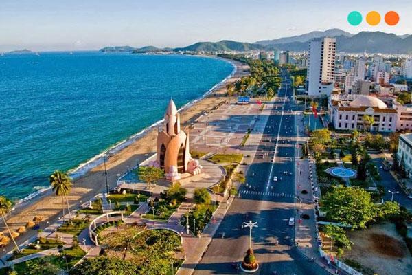 Viết về chuyến du lịch Nha Trang bằng tiếng Anh